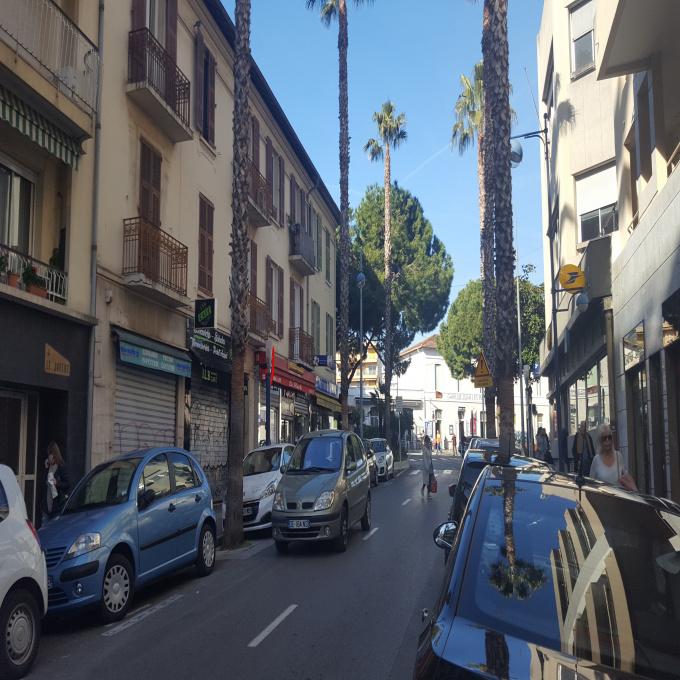Location Immobilier Professionnel Local commercial Juan les Pins (06160)