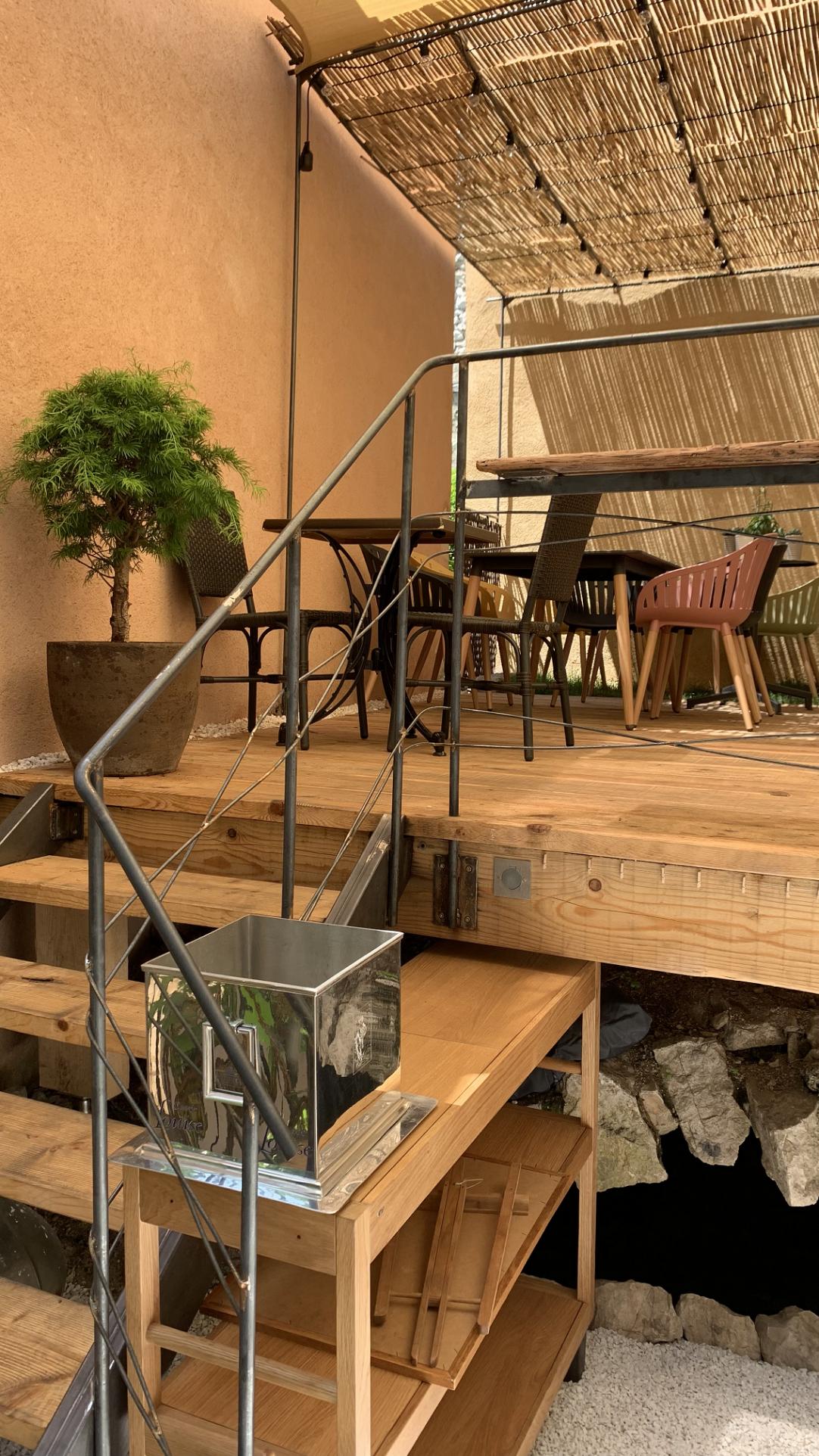 A VENDRE FONDS DE COMMERCE D'UN RESTAURANT TRADITIONNEL TYPE BISTRONOMIE– PROCHE LITTORAL DES ALPES MARITIMES - Restaurant