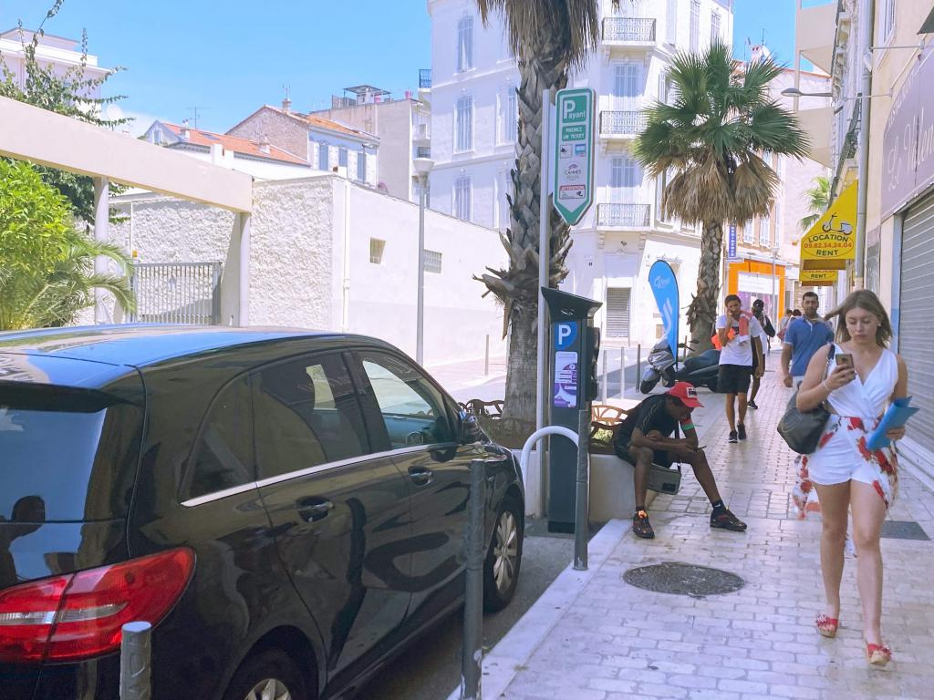 Salon de coiffure mixte, quartier Carnot à Cannes. - Salon de Coiffure Esthétique Parfumerie