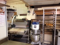 Boulangerie – Pâtisserie avec logement de fonction à l'étage située dans une avenue passante CANNES OUEST - Ba - Boulangerie Pâtisserie