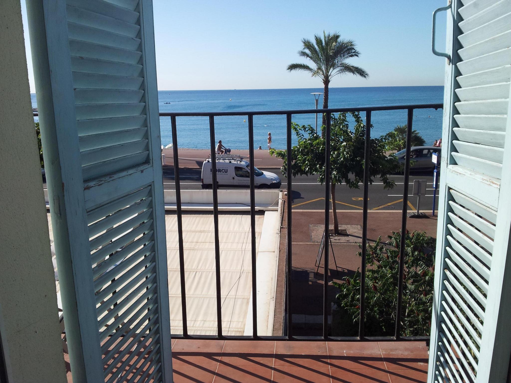 HÃŽtel restaurant en bord de mer Antibes â?? Nice - Hôtel Restaurant