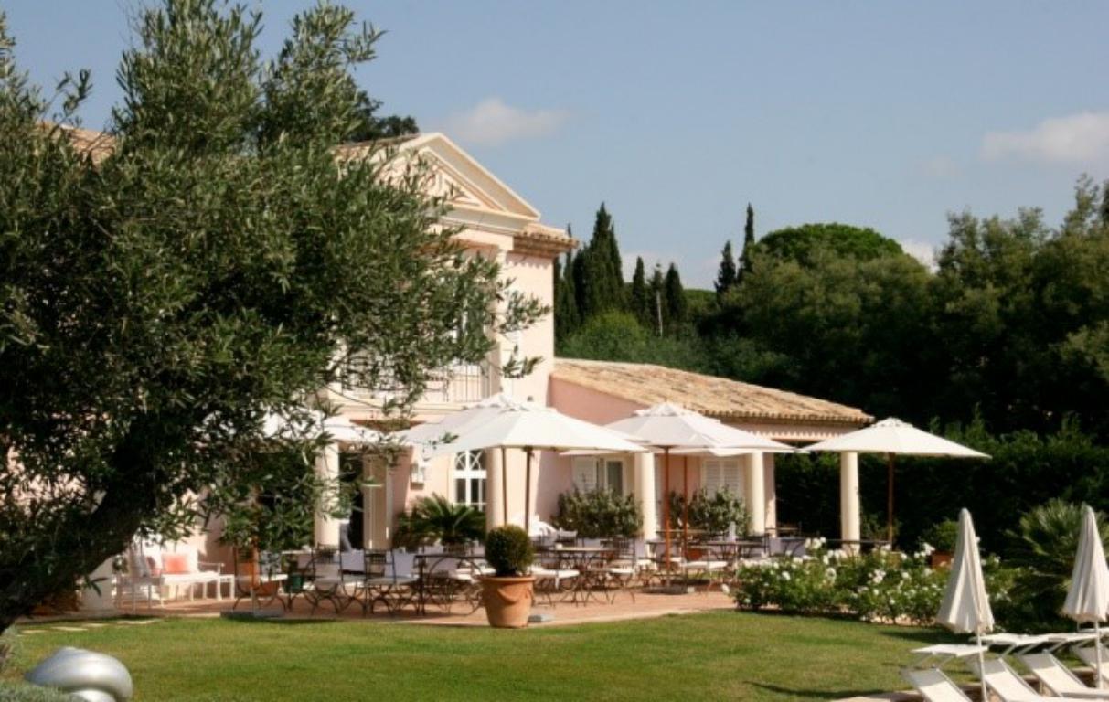 Domaine Hôtelier 4 * d'exception avec vue panoramique sur le Golfe de Saint-Tropez - Hôtel Restaurant