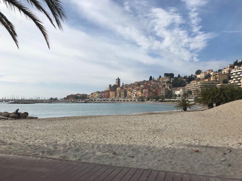 Brasserie Restaurant, salon de thé proche plage et mer, licence IV, 100 places assises entre Monaco et Menton - Bar Brasserie