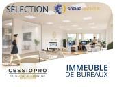 A VENDRE, BEL IMMEUBLE DE BUREAUX ENTIEREMENT NEUF D'UNE SUPERFICIE D'ENVIRON 2853 M2 - Bureau Local Entrepôt