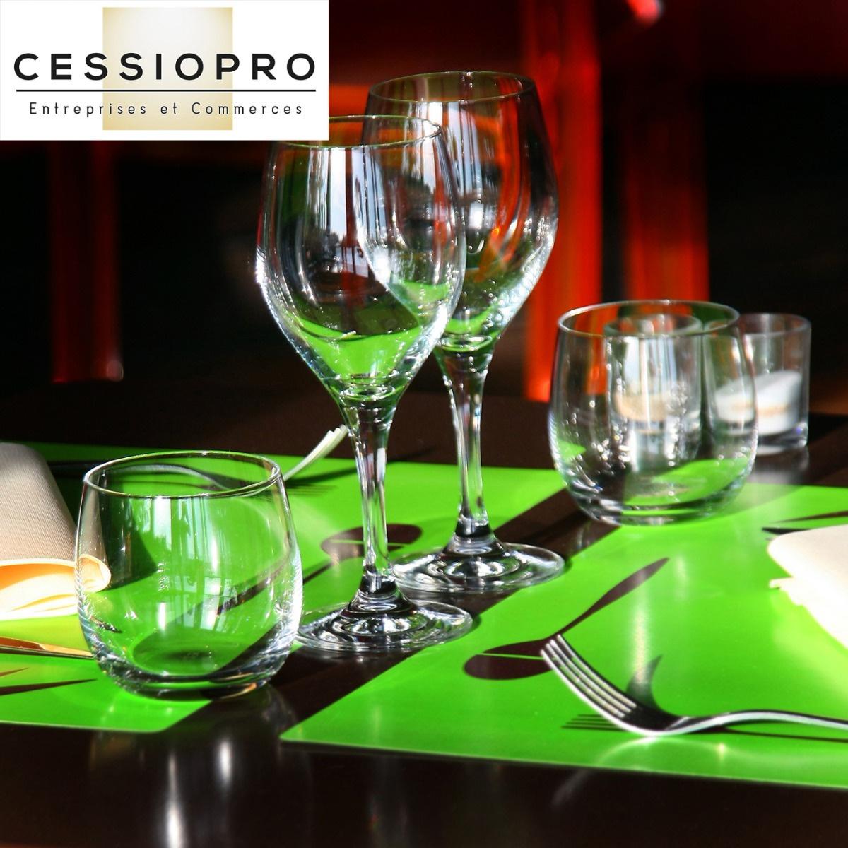 A VENDRE BEAU RESTAURANT GASTRONOMIQUE A LA COLLE SUR LOUP - Restaurant