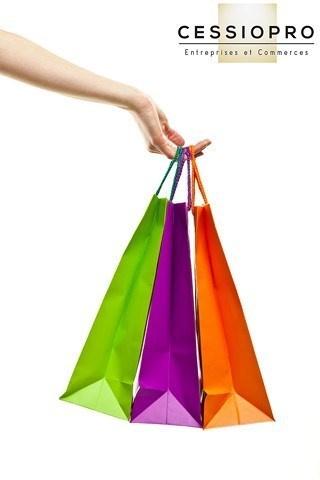 FONDS DE COMMERCE BOUTIQUE EMPLACEMENT NUMERO 1 BIS ANTIBES CENTRE VILLE - Boutique et Magasin