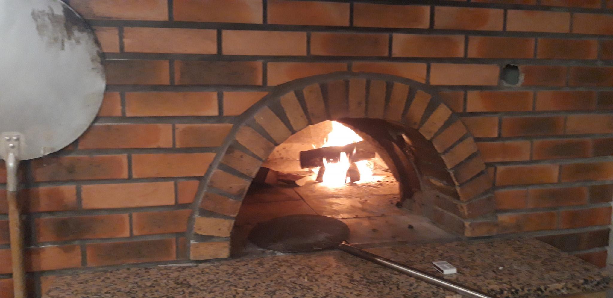 PIZZERIA A HYERES - Crêperie Pizzeria