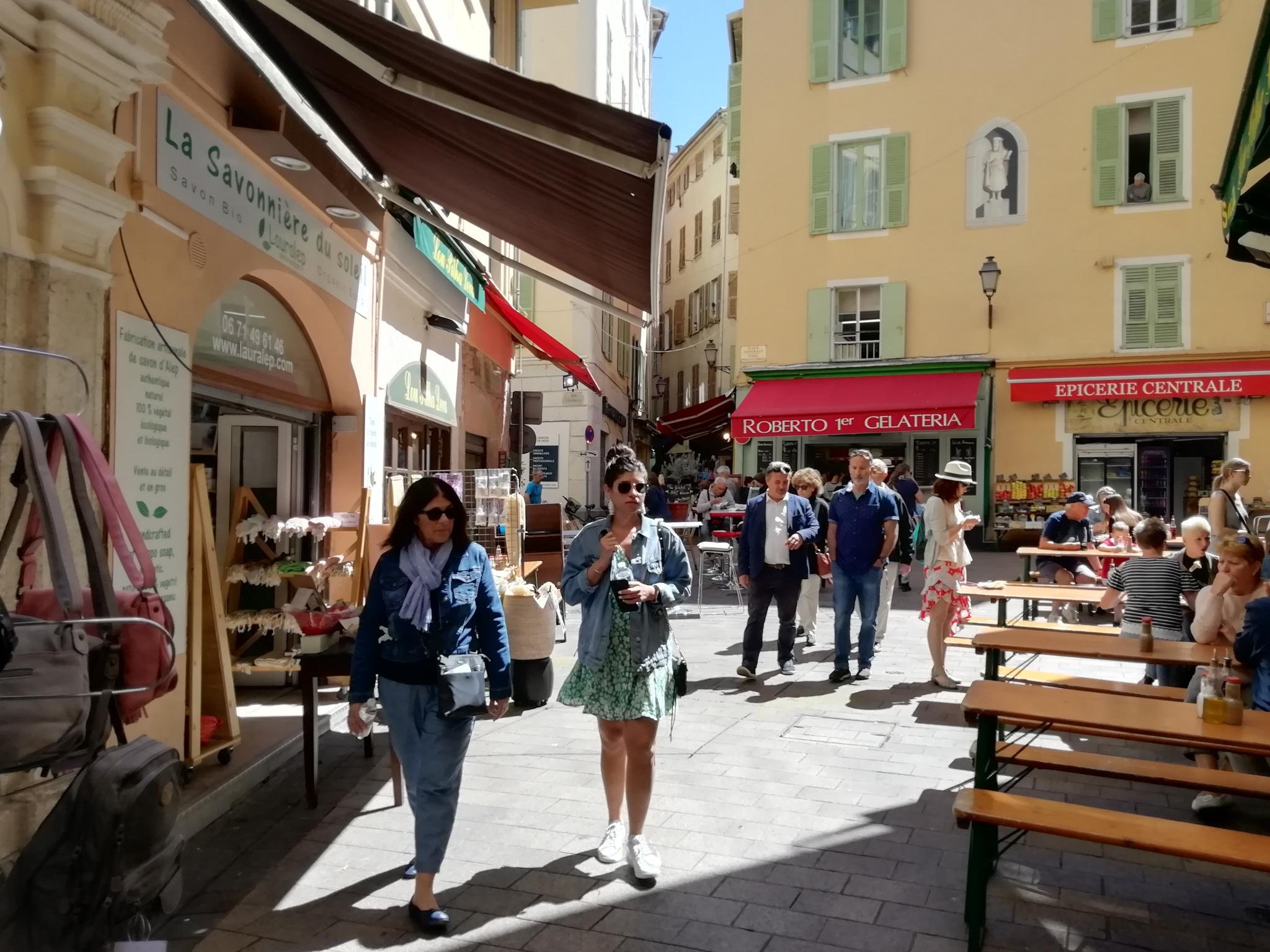 Local commercial tous commerces Vieux Nice emplacement n°1  - Bureau Local Entrepôt