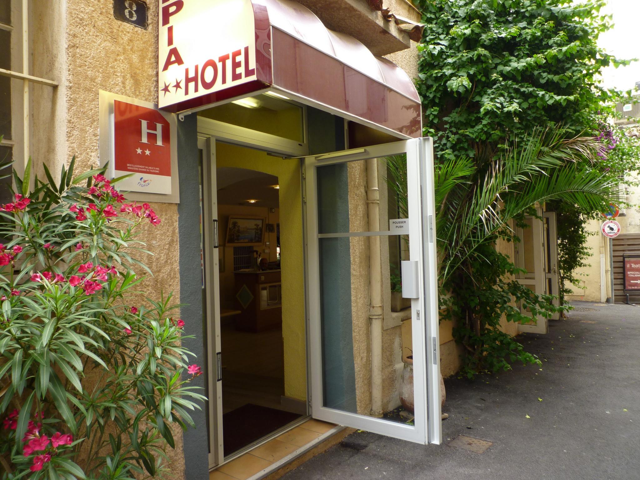 HOTEL BUREAU - CENTRE VILLE DE CANNES - Hôtel Restaurant