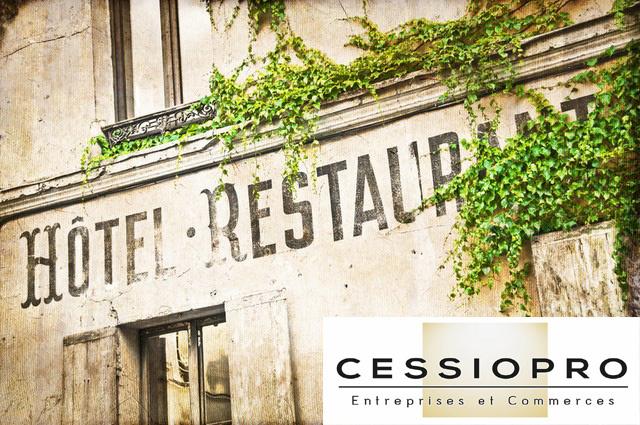 Restaurant avec location de 3 chambres dans une petite ville du littoral Alpes Maritimes - Restaurant